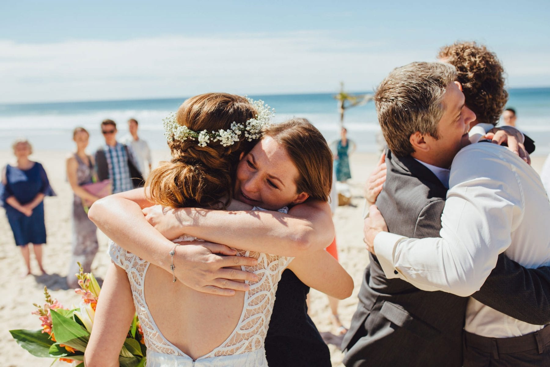 natural emotive wedding photography northern beaches