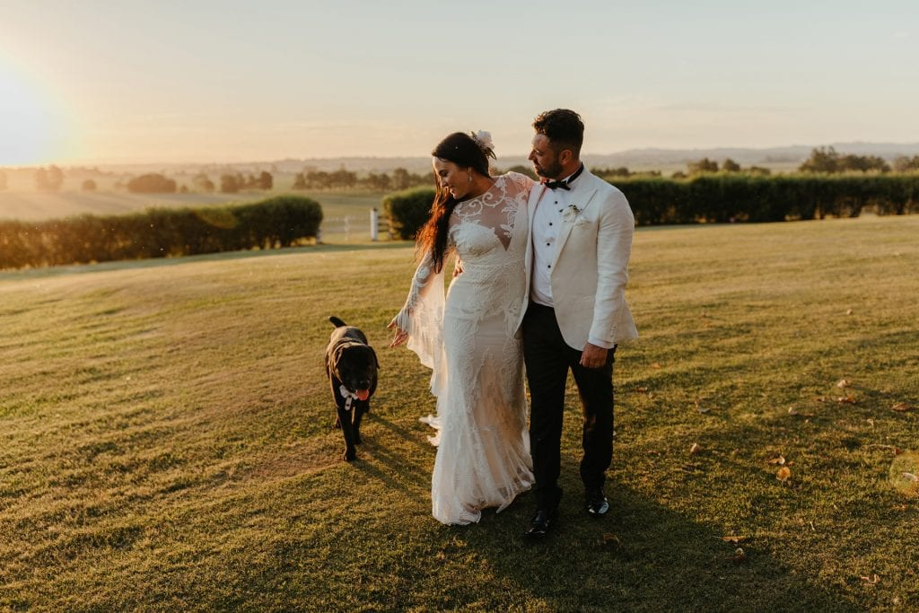 KRISTY AND PAUL'S AMAZING (AND DOG FRIENDLY!) COUNTRY WEDDING